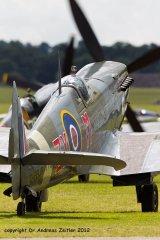 Spitfire_MkVIII_Zeitler_Legends_20125.jpg