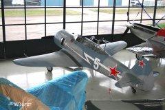 Yak-11_D-FJII__2009-12-053.jpg