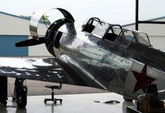 Yak-11_D-FMAX_2011-06-171.jpg
