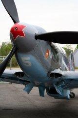 Yak-3_D-FYGJ_2010-04-30_28.jpg