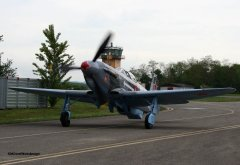 Yak-3_D-FYGJ_2010-04-30_31.jpg
