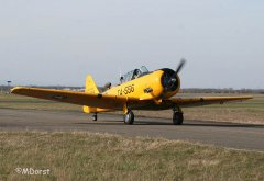 NorthAmerican_AT-6_D-FITE_2010-03-1913.jpg