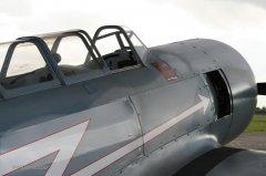 Yak-11_D-FJII__2007-09-26_14.jpg