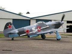 Yak-3_D-FYGJ_2010-04-30_23.jpg